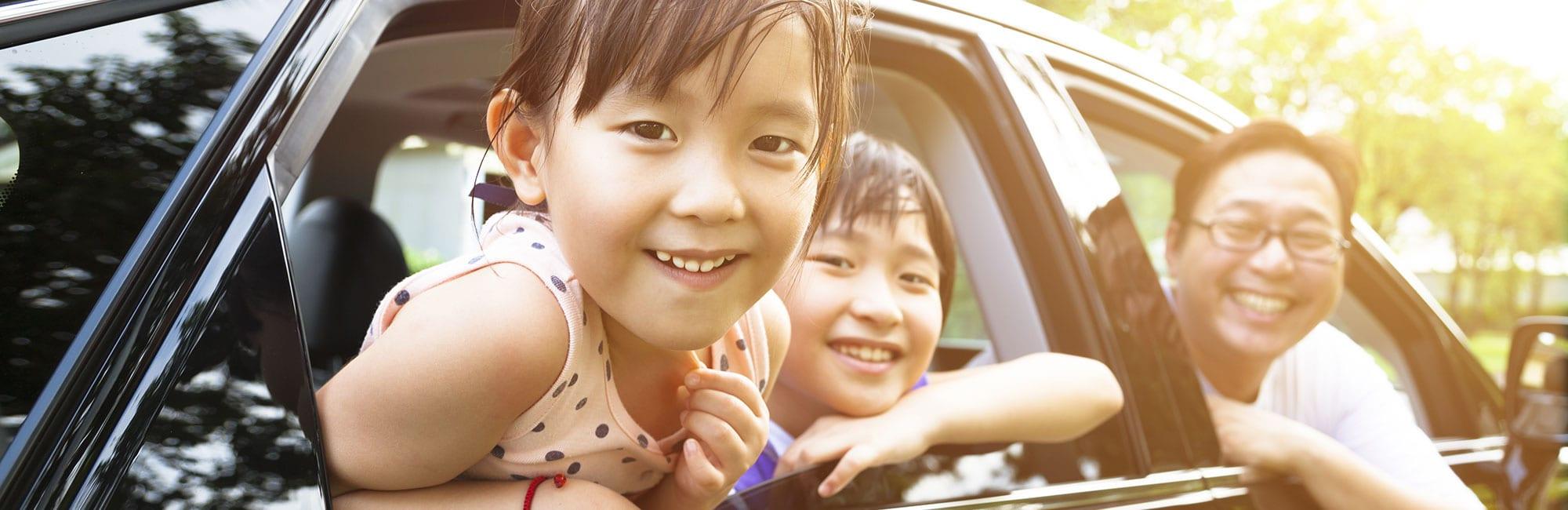kids-dad-car